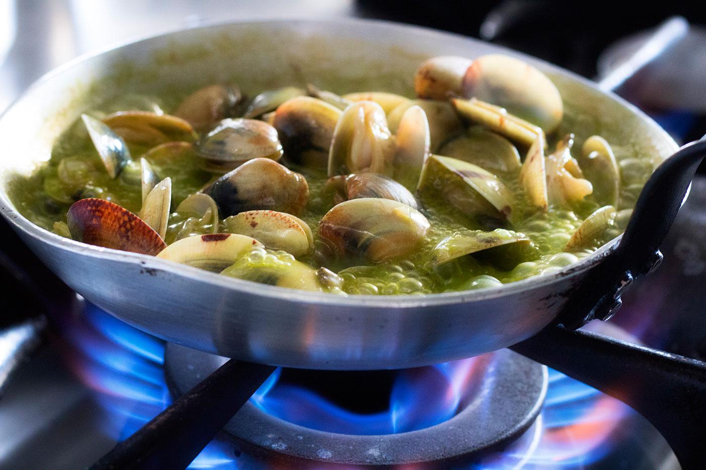 almejas-carril-codium-loxe-abastos2.0-elfotogastro-fotografo-de-comida-fotografo-gastronomico